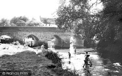 Shipston On Stour, The Bridge c.1960