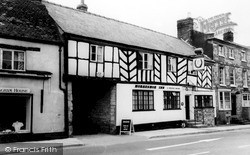 Shipston On Stour, The Horseshoe Inn c.1960