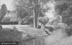 Shipton-Under-Wychwood, River And Gardens c.1955, Shipton Under Wychwood