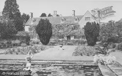 Shipton-Under-Wychwood, The Old Prebendal House c.1952, Shipton Under Wychwood