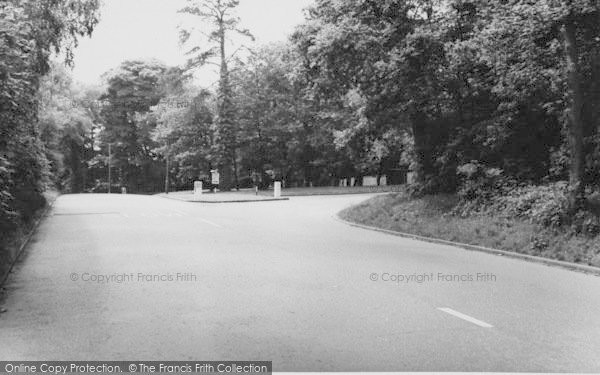 Photo of Shirley, The Triangle, Shirley Hills c.1960