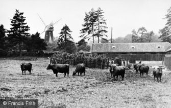 Shirley, the Windmill c1930