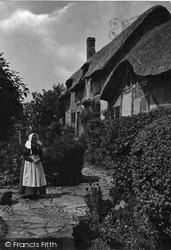 Anne Hathaway's Cottage 1892, Shottery