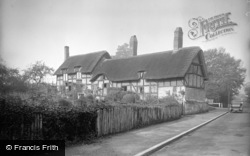 Shottery, Anne Hathaway's Cottage c.1932
