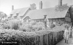 Anne Hathaway's Cottage c.1937, Shottery