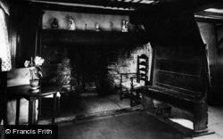 Shottery, Anne Hathaway's Cottage Interior c.1931