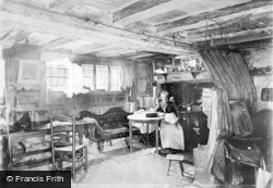 Anne Hathaway's Cottage, The Parlour c.1900, Shottery