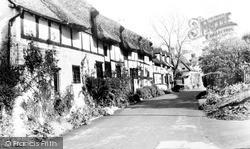 Shottery, Tavern Lane c.1960