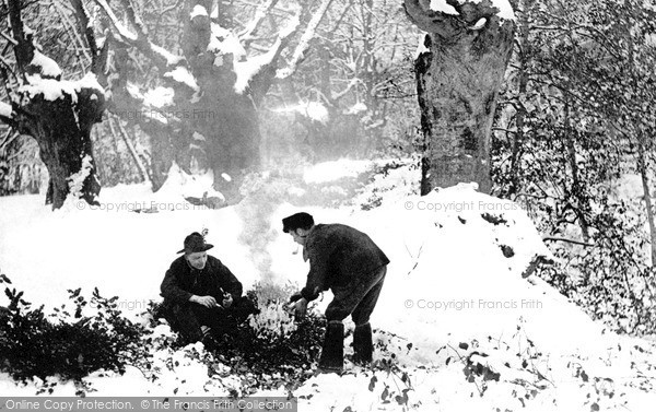 Photo of Shottery, The Holly Gatherers 1910