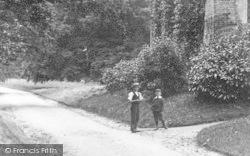 Boys 1902, Shute