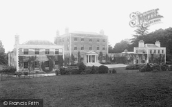 Shute House 1902, Shute