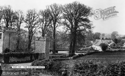 The Village c.1955, Shute