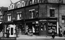 Longlands Parade Post Office c.1955, Sidcup