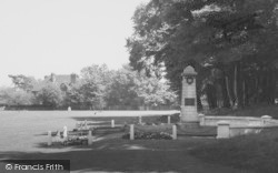 The Green And War Memorial c.1960, Sidcup