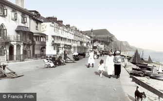 Sidmouth, the Esplanade 1918