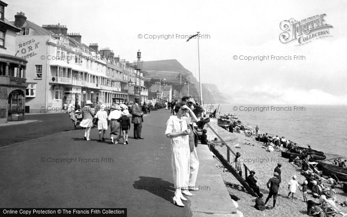 Old historical nostalgic pictures of sidmouth in devon for Alma terrace york