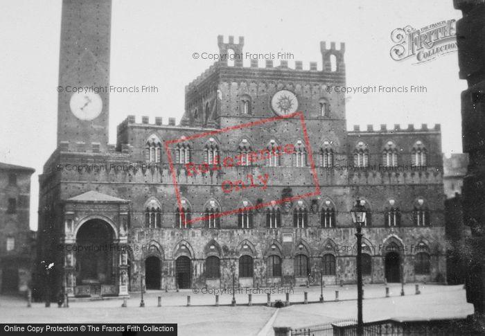 Photo of Siena, Palazzo Pubblico c.1930
