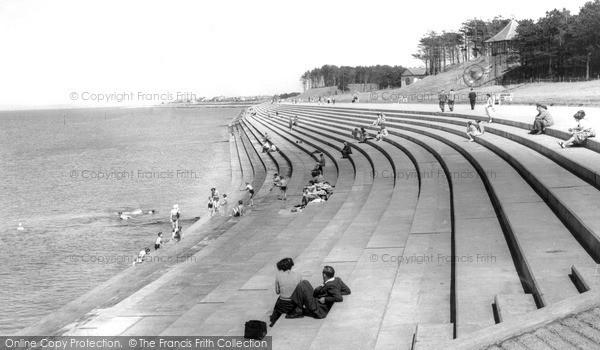 Photo of Silloth, the Promenade c1955, ref. S658012