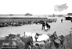 The Beach 1890, Skegness