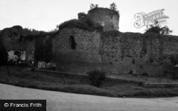 Skenfrith, The Castle 1948
