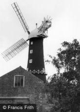Skidby, Windmill c1955
