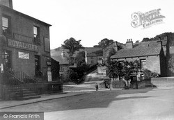 Skipton, Chapel Hill And The Royal Oak c.1940