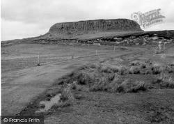 Skye, Dun Dearg, Trotternish 1962
