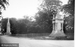The Monument And Cross c.1960, Sledmere