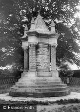 Sledmere, the Waggoners' Memorial c1960