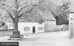 Slindon, Lady Beaumont And Isaacson Memorial Seat And The Lime Tree c.1955