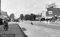 Slough, Farnham Road c.1955