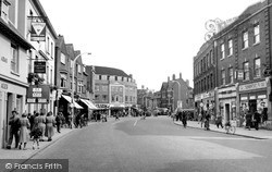 Slough, High Street c.1955