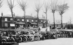 Slough, Vehicles At The Royal Hotel c.1907