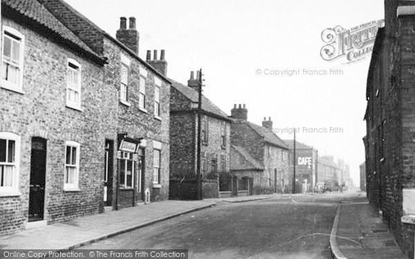Photo of Snaith, George Street c.1950