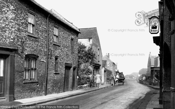 Photo of Snaith, Selby Road c.1950
