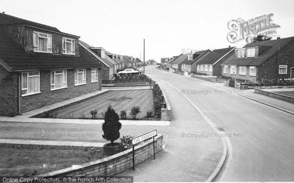 Photo of Snaith, The Parkway c.1970