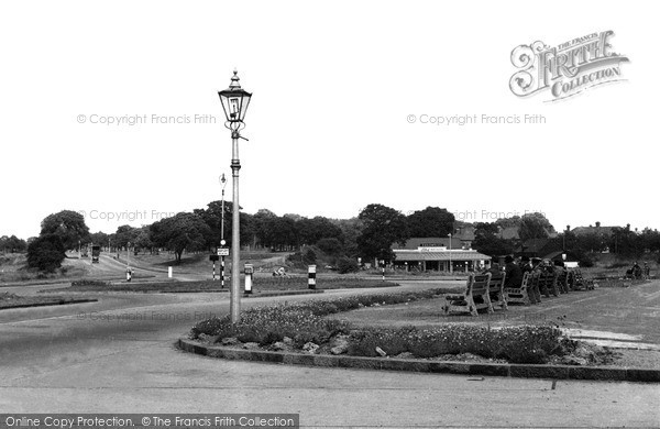 Socketts Heath, Lodge Lane Corner c1955