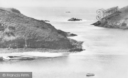 The Harbour Mouth c.1955, Solva