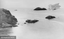 The Islands c.1960, Solva