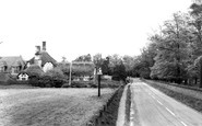 Somerleyton, The School And Village Sign c.1960