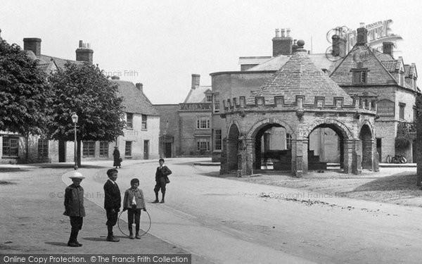 Somerton, The Buttercross 1906
