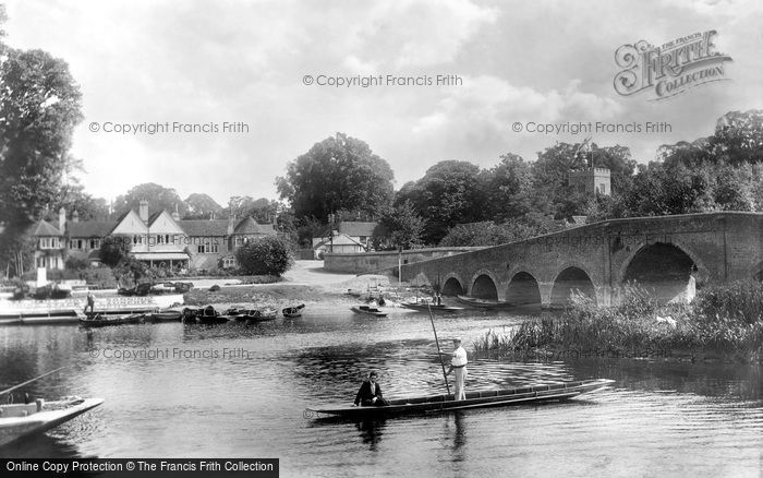 Sonning, the Bridge and the Hotel 1904