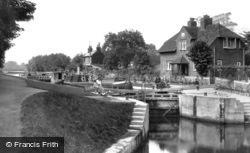 Sonning, The Lock 1917