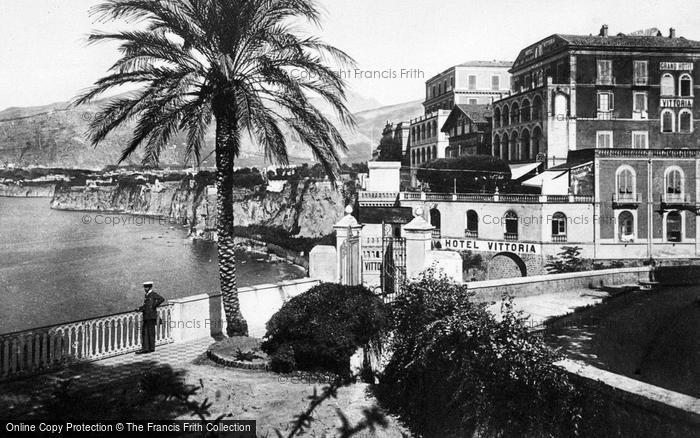 Photo of Sorrento, Grand Hotel Vittoria c.1920