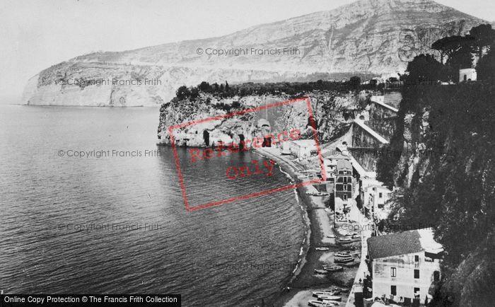 Photo of Sorrento, Marina Di Cassano c.1920