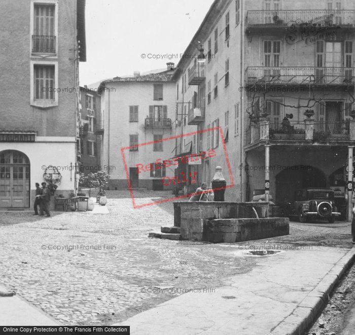 Photo of Sospel, Fountain c.1939