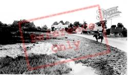 Village Pond c.1955, Soulbury