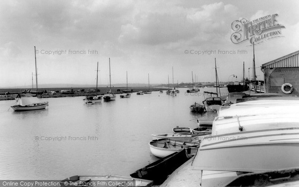South Benfleet © Copyright The Francis Frith Collection 2005. http://www.frithphotos.com