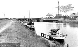 South Ferriby, River Ancholme And Lock c.1965