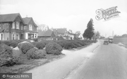 South Holmwood, Holly And Laurel 1922